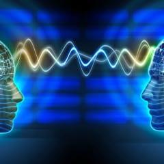 I Neuroni Comunicano a Distanza Mediante Campi Elettrici